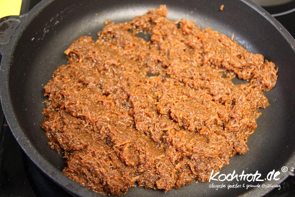 glutenfreier, veganer Blondie-Brownie mit Karotten
