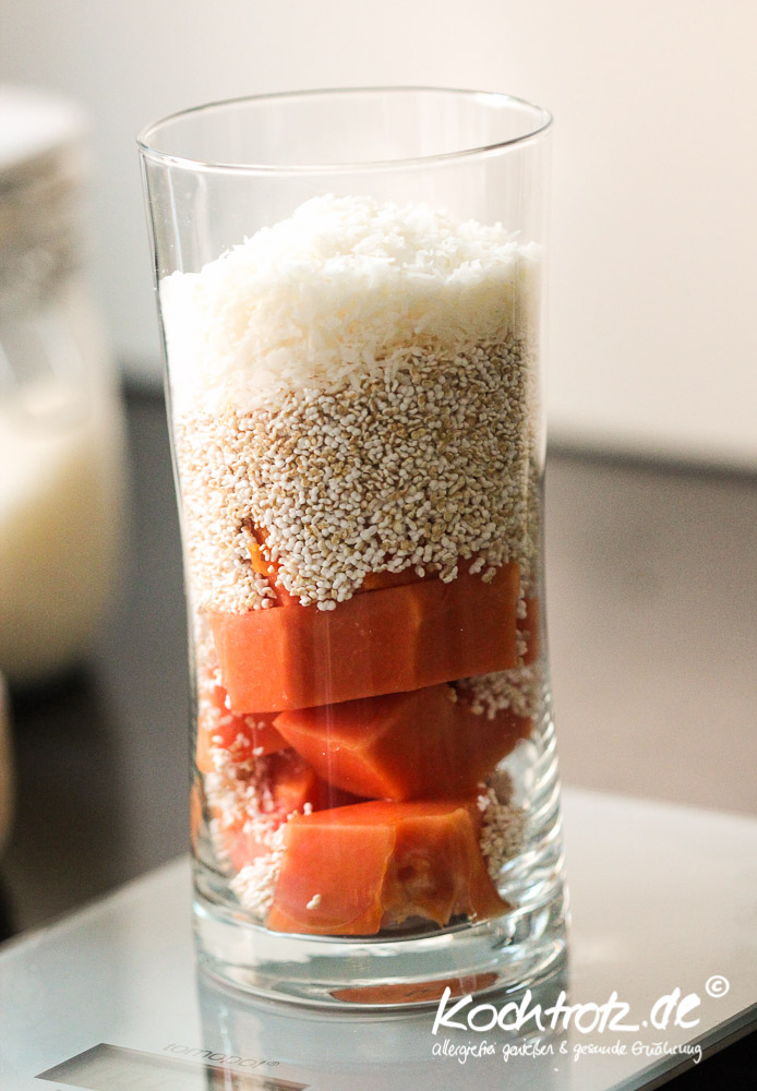 papaya-amaranth-kokos-shake-1-2