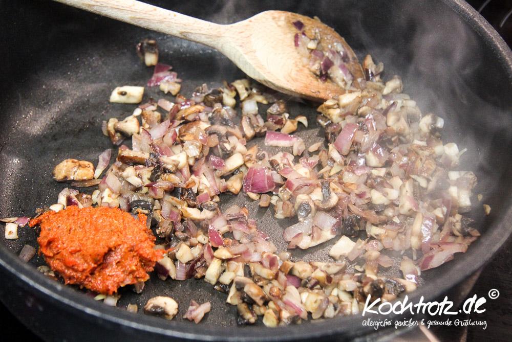 braune-sauce-vegan-basisrezept-1-2