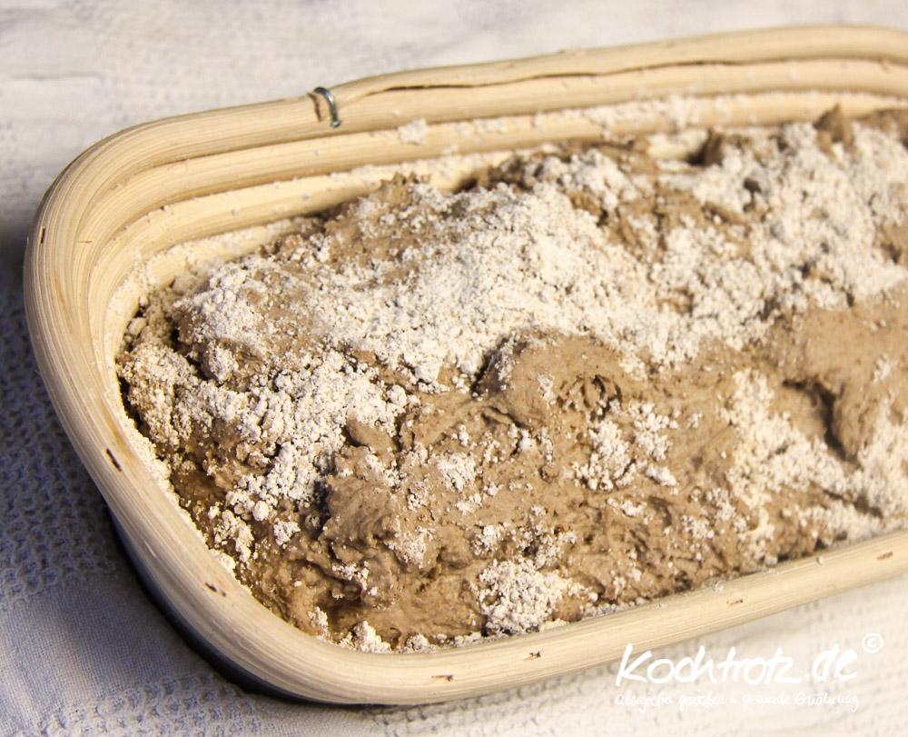 glutenfrei-brot-backen-im-topf-1-10