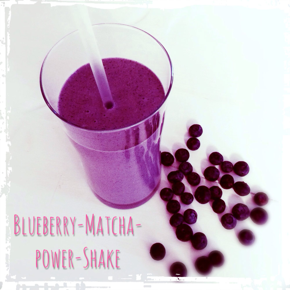 heidelbeer-matcha-power-shake-1