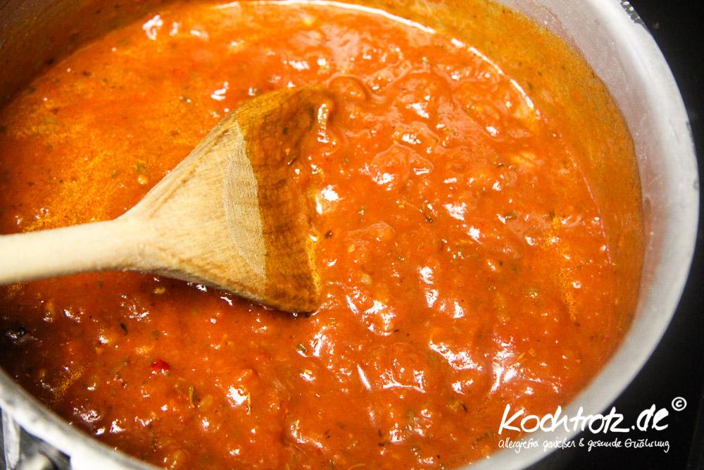 tomatensauce--einfach-und-vegan-1