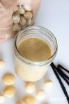 Macadamia-Creme mit weißer Schokolade