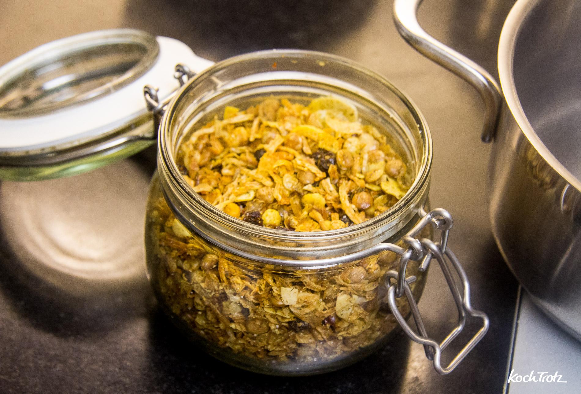 eintopf-mit-pastinaken-suesskartoffeln-kochbanane-karotte-vegan-indisch-1-3