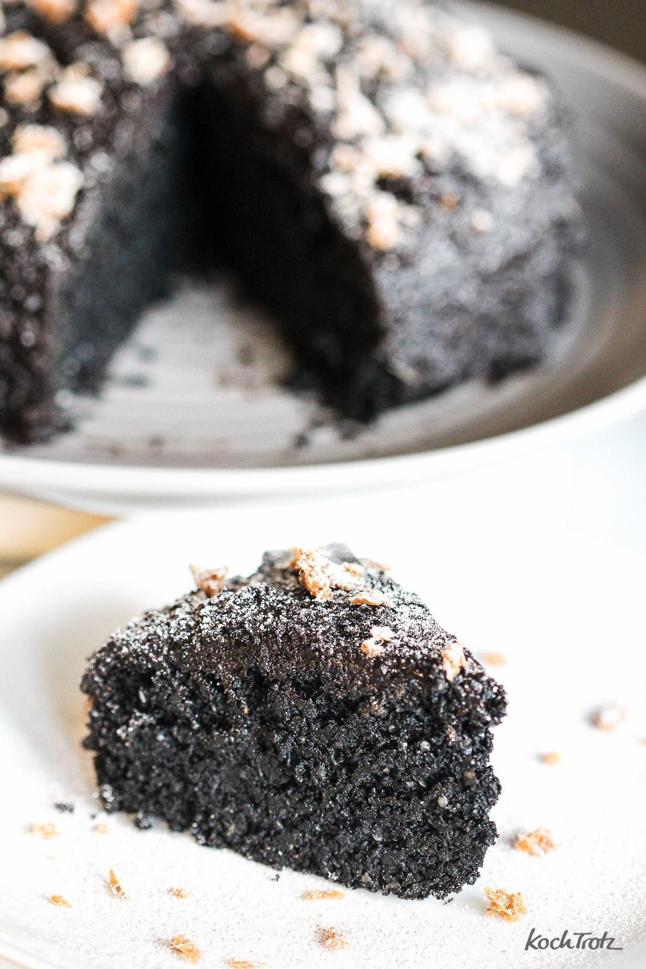 schwarzer-sesamkuchen-glutenfrei-vegan-kuroi-neko-keki-1-3