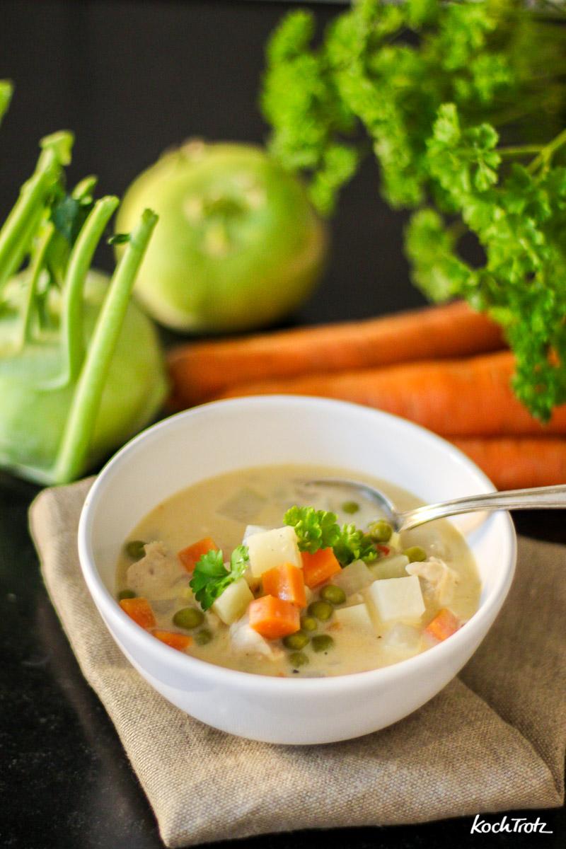 Gemüseeintopf mit Kohlrabi, Karotten und Erbsen