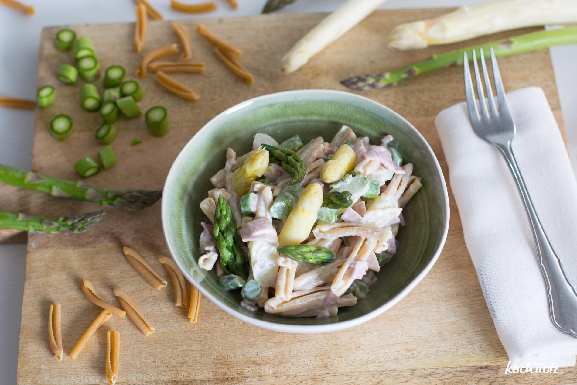 Spargel-Nudelsalat mit leichtem Dressing | schnell und einfach mit glutenfreier Kichererbsen-Pasta