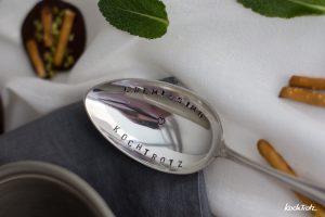 Kiwi-Minze Eisbecher mit Schoko-Chip | laktosefreier Eisgenuss mit Cremissimo