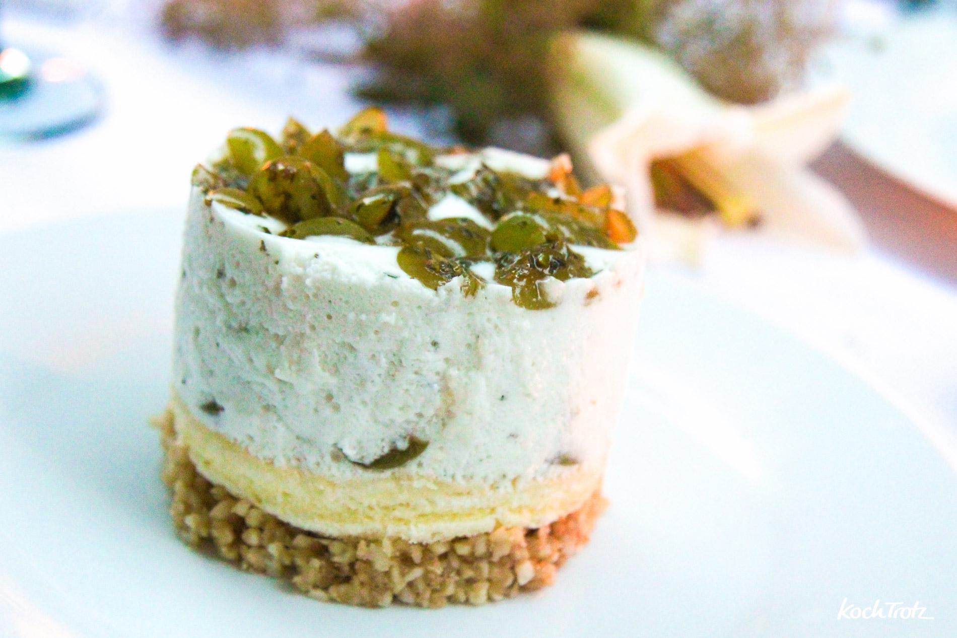 Joghurt-Trauben-Törtchen mit Aquafaba | vegan | milchfrei | glutenfrei | ohne Backen