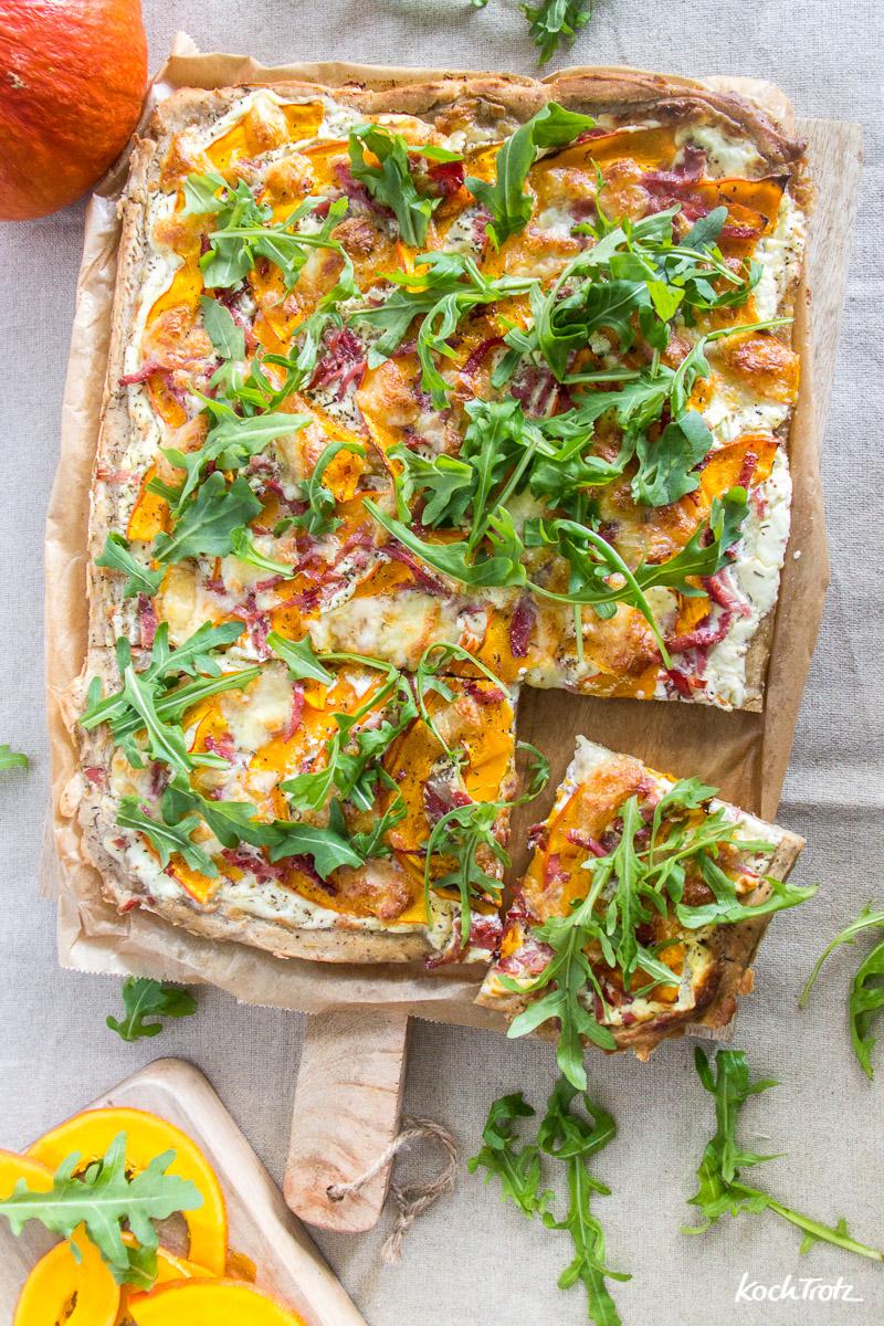 Rezept für glutenfreie Brotpizza mit Kürbis, ohne Tomaten, auch laktosefrei