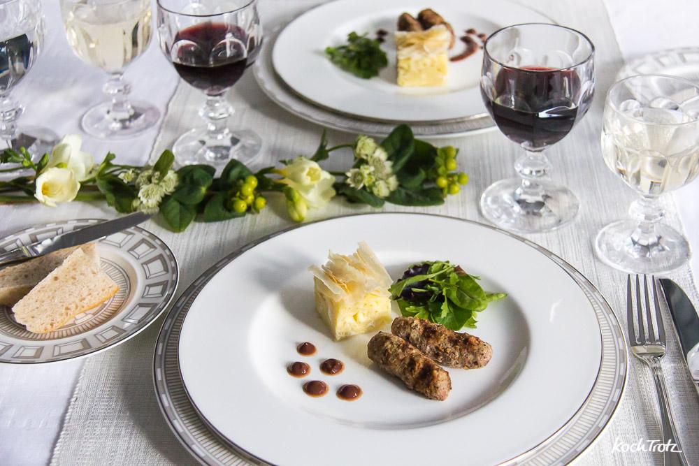 Gibanica und Ćevapčići vom Kalb mit Pflaumenjus | Mord im Orient-Express | kulinarische Reise