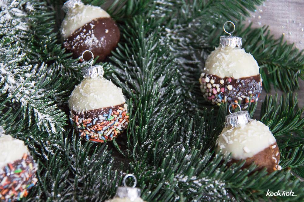 essbare weihnachtskugeln ohne backen tolles geschenk aus. Black Bedroom Furniture Sets. Home Design Ideas