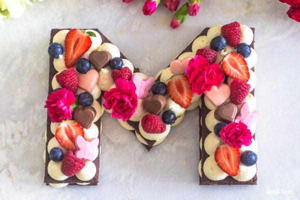 Glutenfreie Muttertagstorte | Letter Cake ohne Backen | ganz einfach zu machen