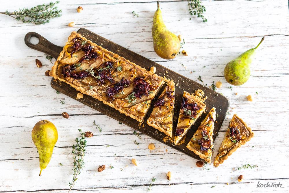 Herzhafte Birnentarte mit Nüssen | glutenfrei, vegan und sojafrei