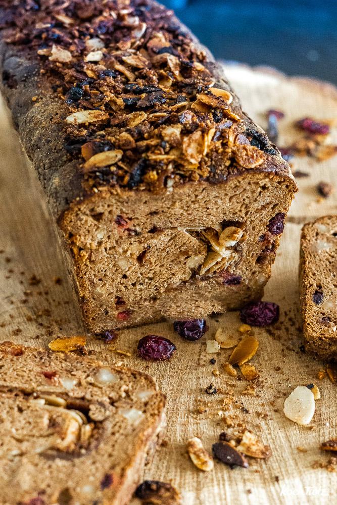 glutenfreies Früchtebrot ohne Fertigmehlmischung und ohne Stärkemehl