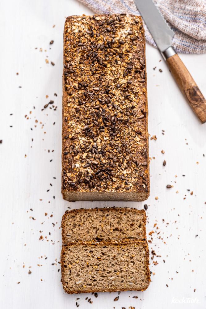 Glutenfreies Sauerteigbrot - Vollkornkasten mit wenig Stäremehl
