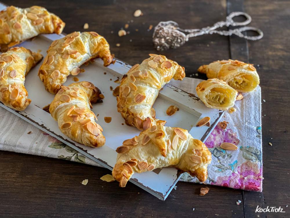 Rezepte für schnelle gefüllte süße Croissants. Wahlweise ganz normal oder glutenfrei, laktosefrei, histaminarm, fructosearm, vegan