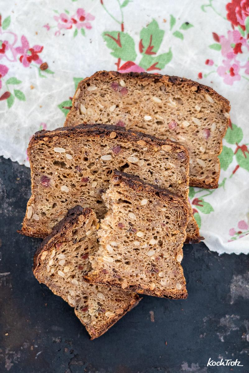 herzhaftes glutenfreies Brot mit Bier   wie vom Bäcker   auch alkoholfrei   optional vegan