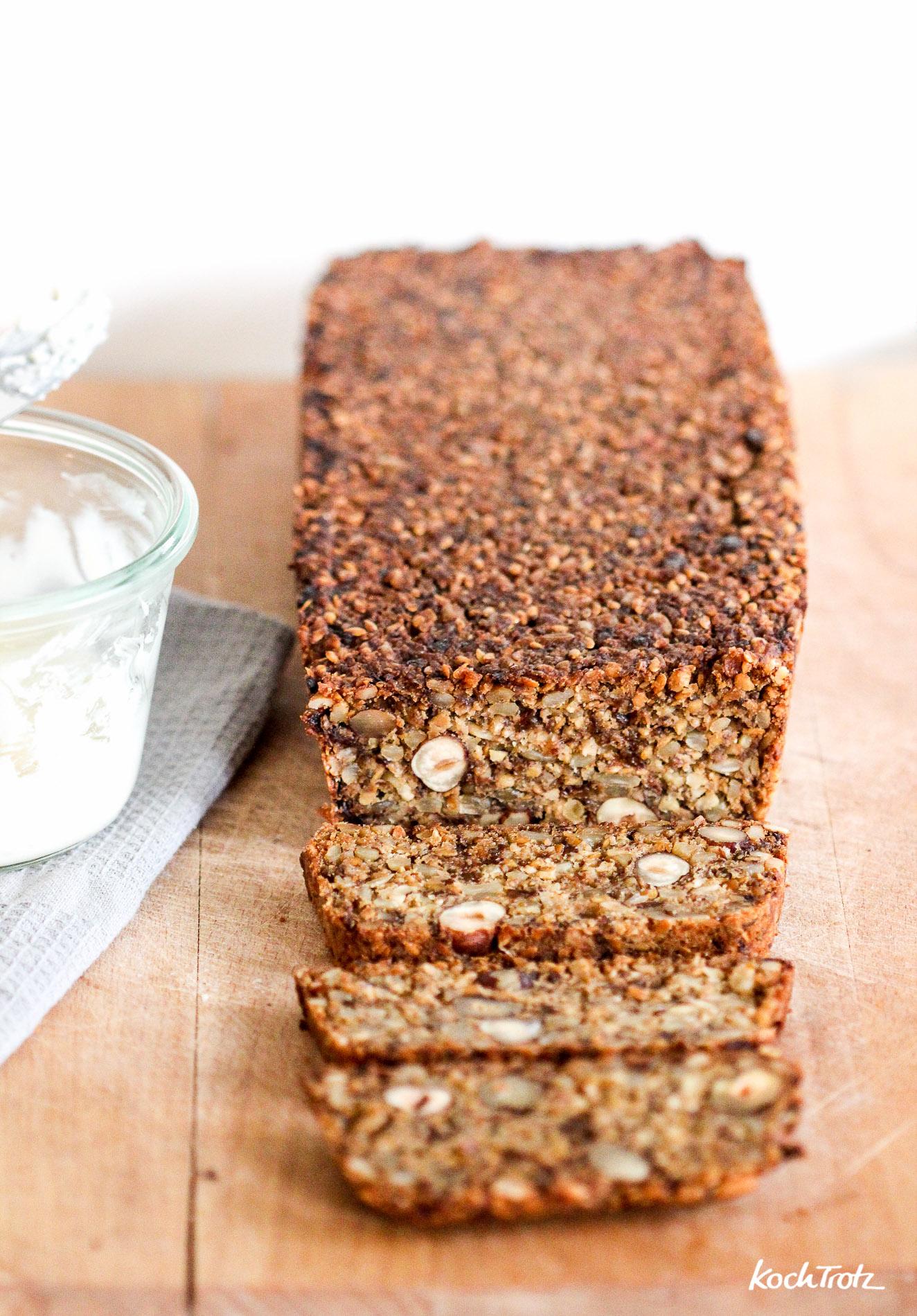 life-changing-bread-low-carb-keine-flocken-glutenfrei-vegan-variables-rezept-1-3