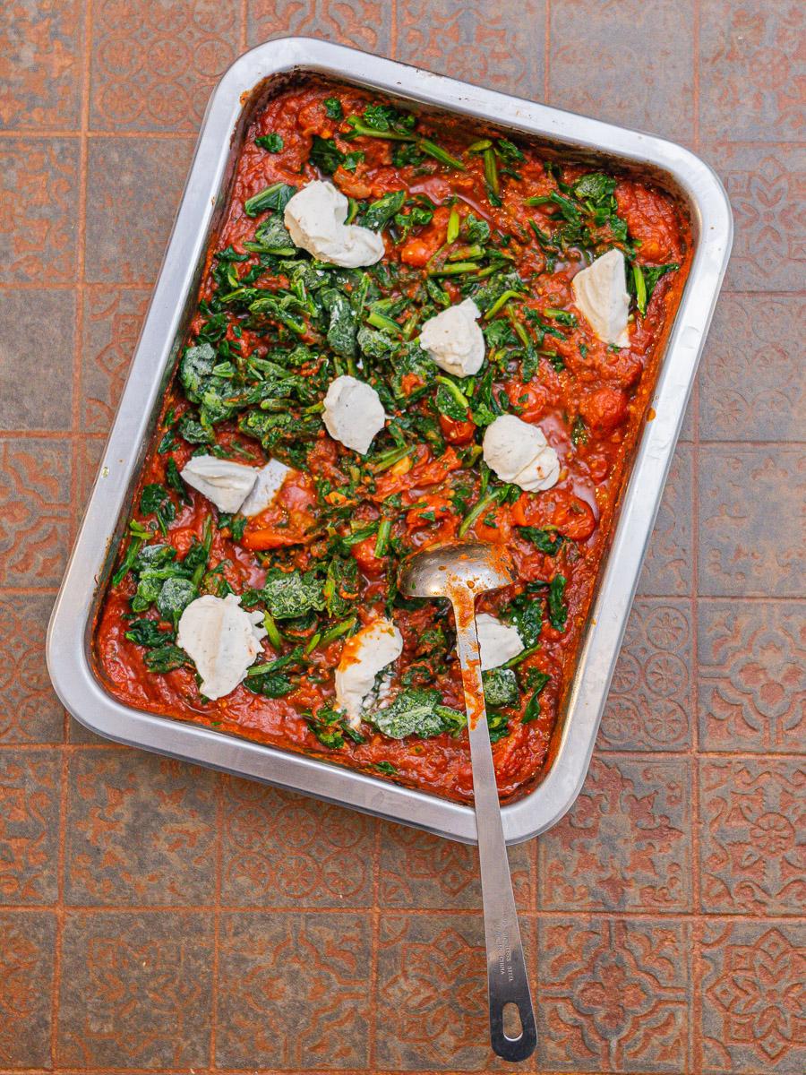 Rezept Nudelauflauf mit Feta, Spinat und Tomatensauce