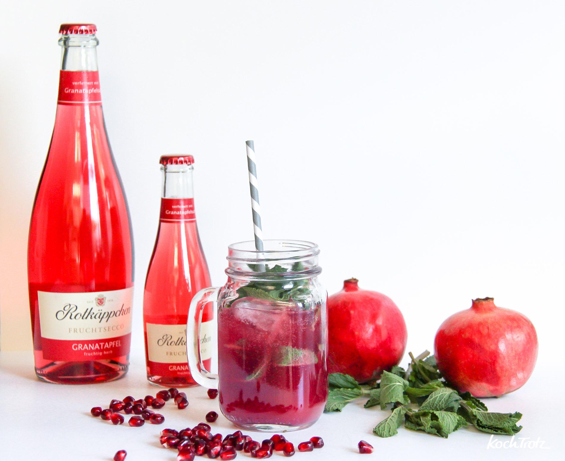 rotkaeppchen-frusecco-granatapfel-rhabarber-cooler-1