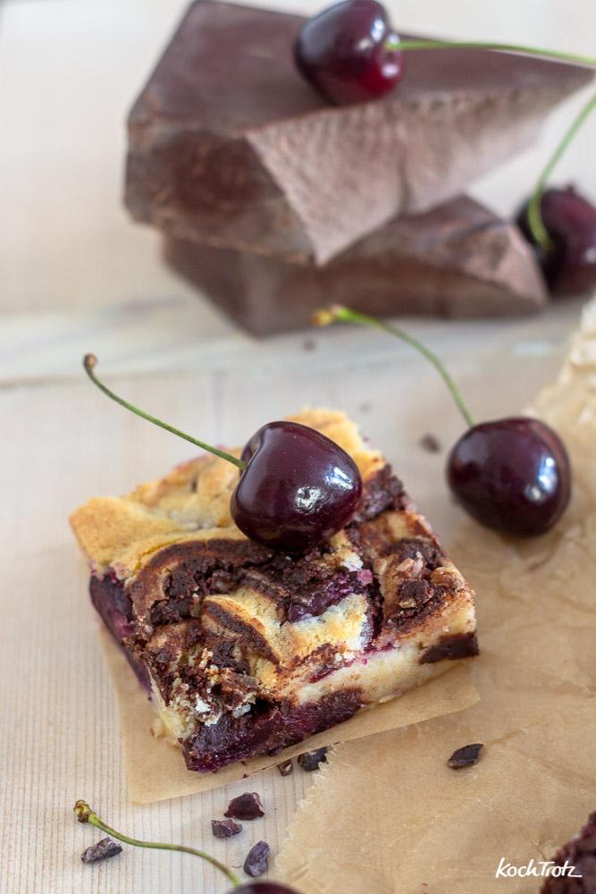 Schokoladen-Kirsch-Brownies | glutenfrei | eifrei | laktosefrei | sorbitfrei | optional vegan