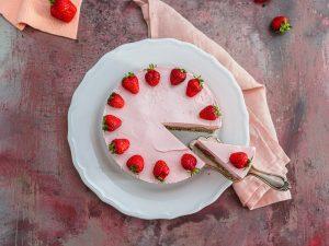 einfache Erdbeertorte schnell gemacht wenig kalorien