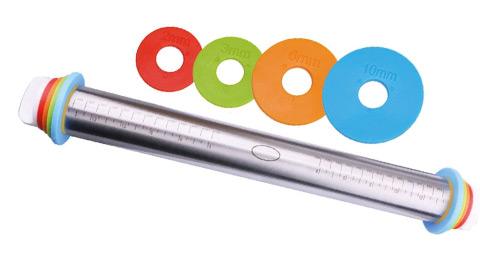 Saebye Teigrolle Edelstahl, Dicke-Verstellbares Nudelholz Einstellbar mit Distanz-Scheiben in 4 Größen, Rolling Pin Teigroller,18/8 Edelstahl, 4.5 cm Durchmesser, 44 cm Länge